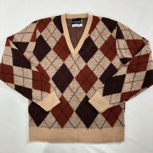 Dimensions by Milford Vintage men's sweater. M